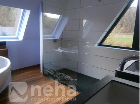 salle de bain dans chambre parentale parentale agencement suite parentale moderne installer. Black Bedroom Furniture Sets. Home Design Ideas