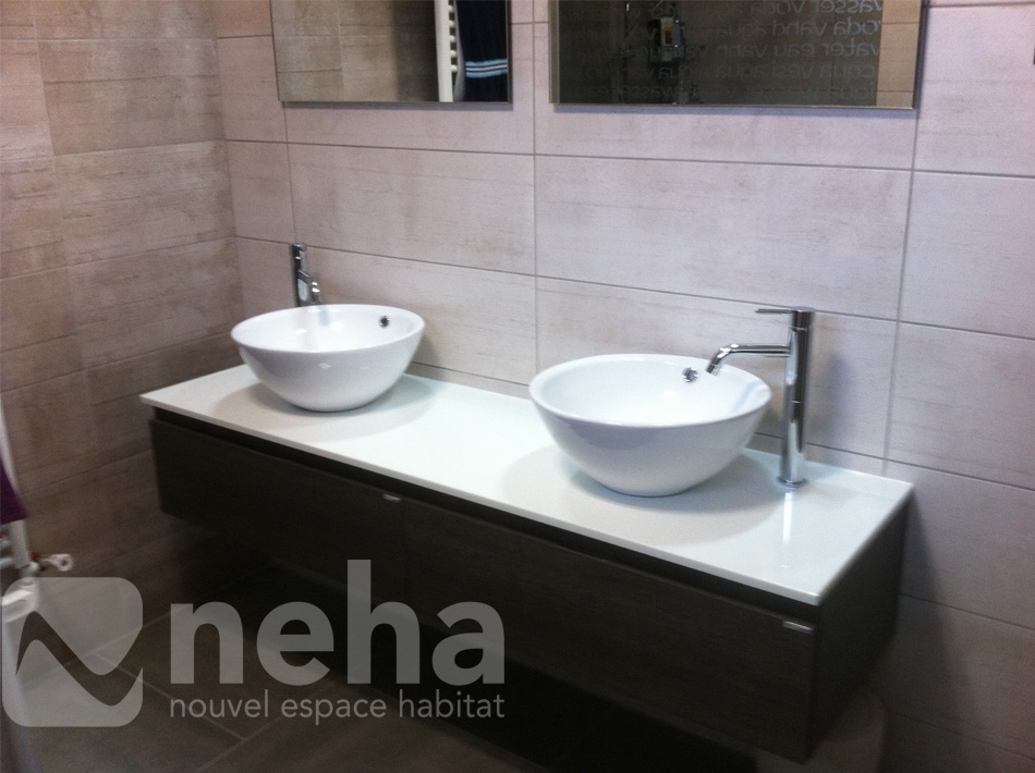 installer salle de bain de salles de bains with installer salle de bain installer salle de. Black Bedroom Furniture Sets. Home Design Ideas