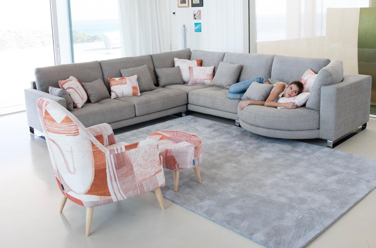 canap d angle petit format finest le modle unistreet lfgrey est un canap duangle de petit. Black Bedroom Furniture Sets. Home Design Ideas