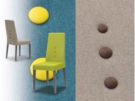 Chaise tissu haut de dossier et confortable