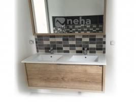 Salle de bain avec baignoire angle