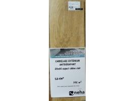Carrelage antidérapant 20x60cm