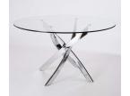 Table de salle à manger avec pied asymétrique chromé
