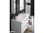 Meuble de salle de bain avec tiroir de rangement vertical