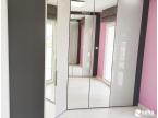 Dressing laqué gris soie et miroir