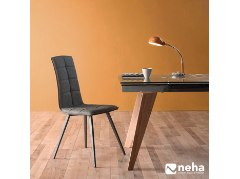 Chaise dossier haut design tissu confortable