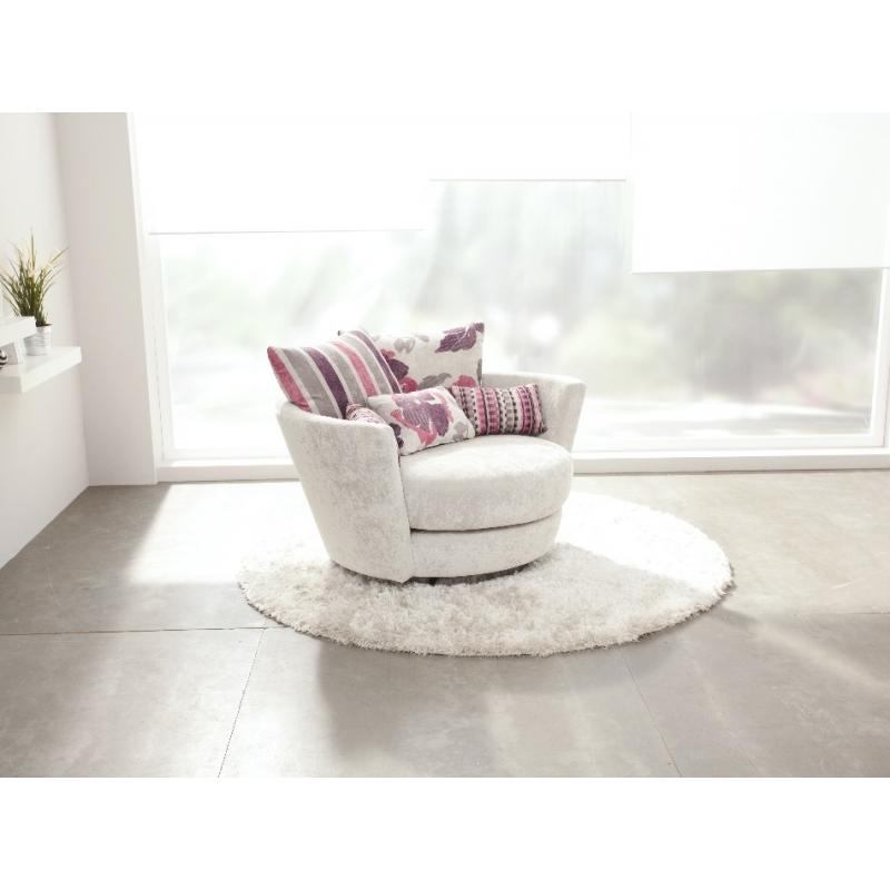 magasin fauteuil basculant rond gamme fama mynest un confort pivotant agr able magasin rouen. Black Bedroom Furniture Sets. Home Design Ideas