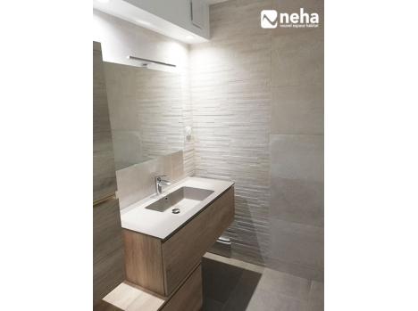 Salle de bain meuble asymétrique