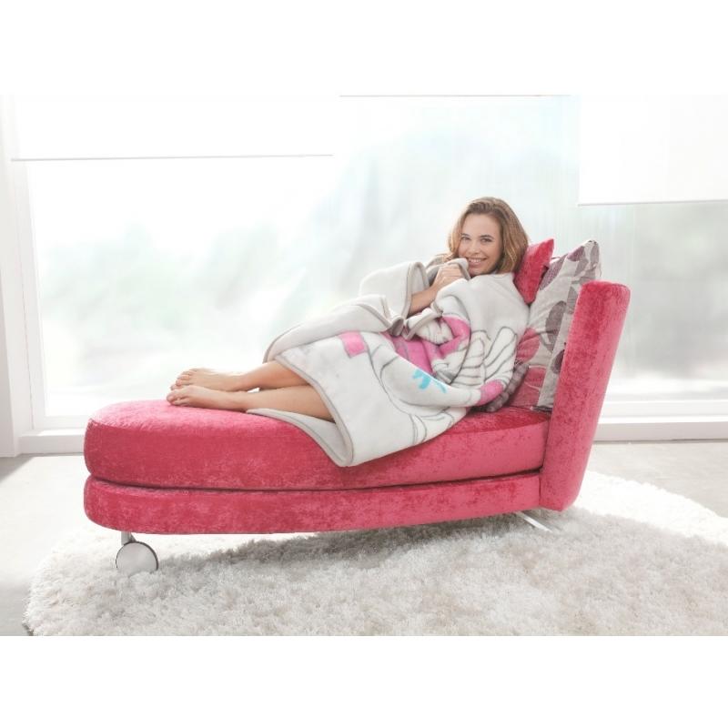 magasin 2000m d 39 expo fauteuil tissu meridienne fama pauline et confortable magasin rouen. Black Bedroom Furniture Sets. Home Design Ideas