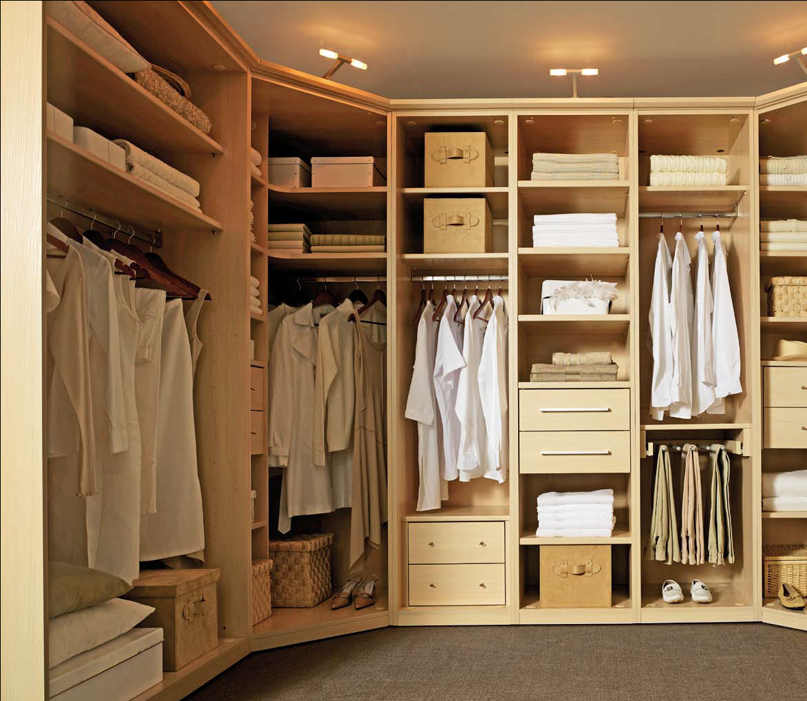 armoire dressing ouverte